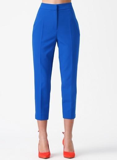 Random Kısa Paça Kumaş Pantolon Mavi